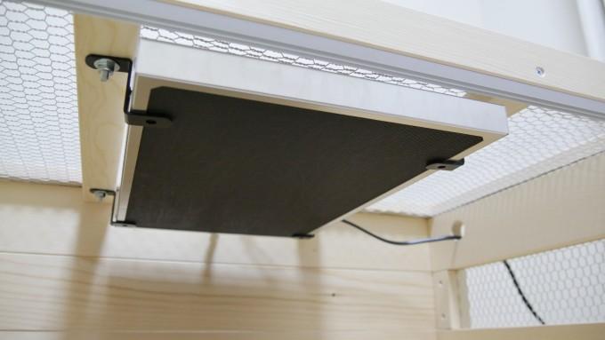 暖突設置用金具