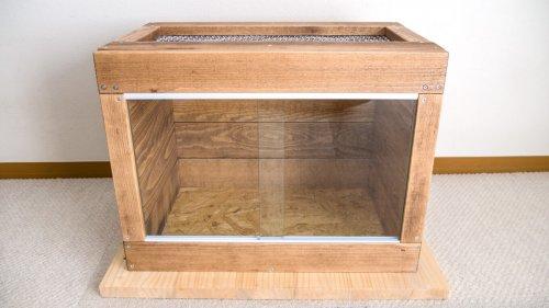 レオパ用木製ケージ